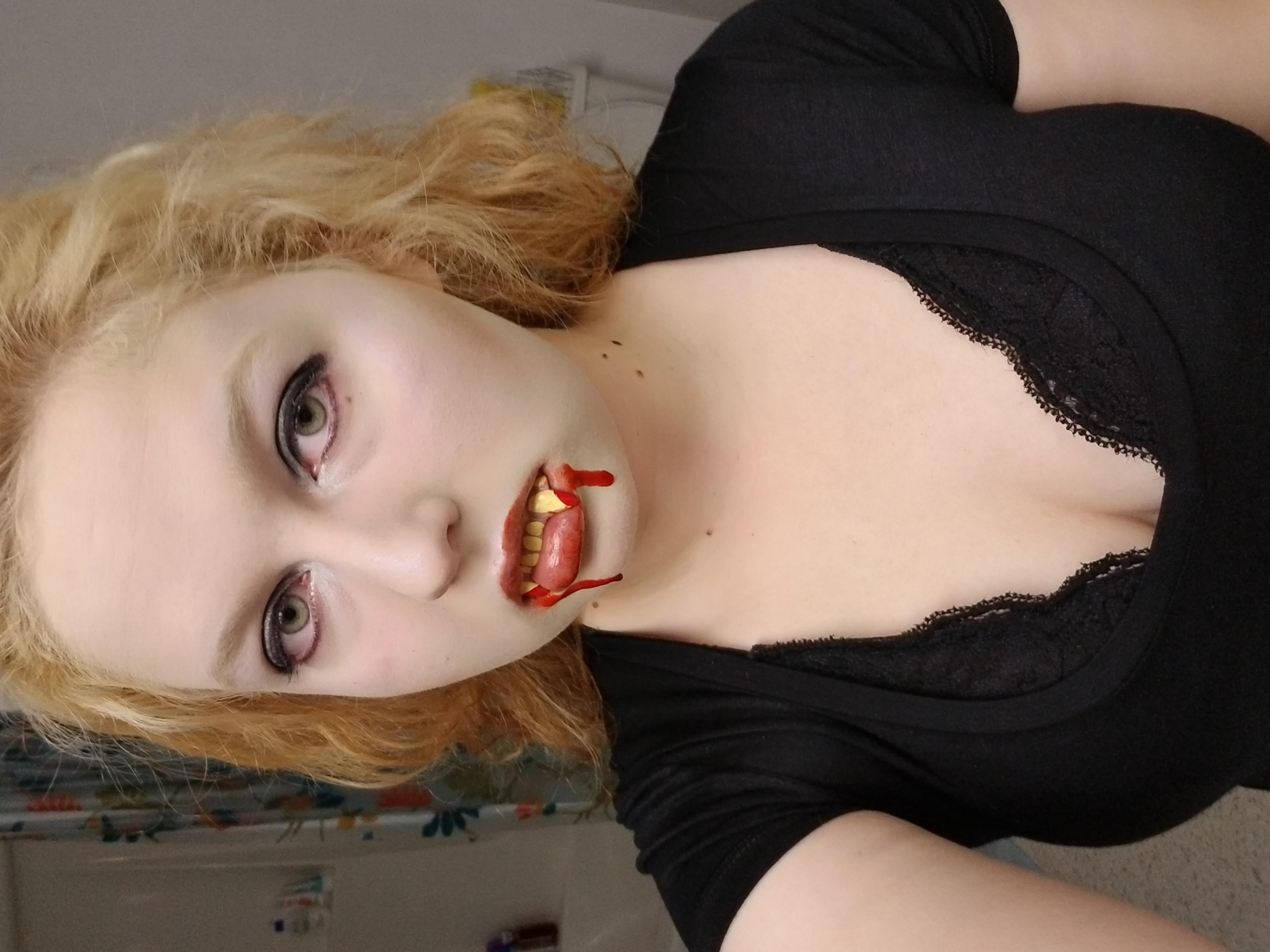 vampire with teeth